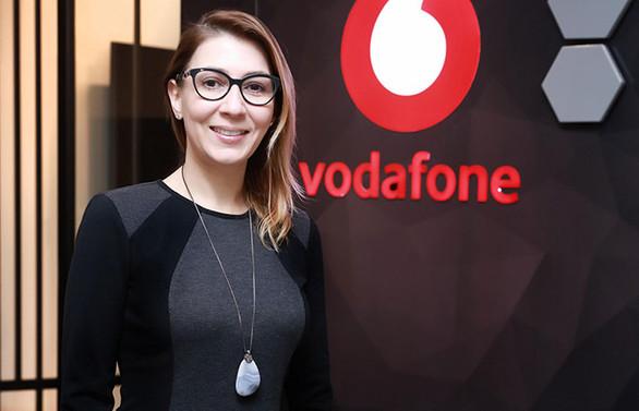 Vodafone Business bulut santral ile çağrı merkezleri eve taşınıyor