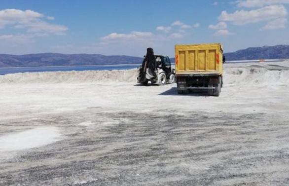 TOKİ: Salda Gölü'ndeki çalışma durduruldu, sorumlular hakkında işlem başlatıldı