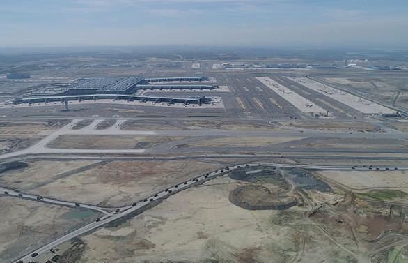 İGA, İstanbul Havalimanı'na 3. pist için başvuru yaptı