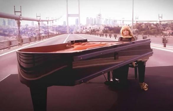 23 Nisan'da İstanbul'dan dünyaya sevgi konseri