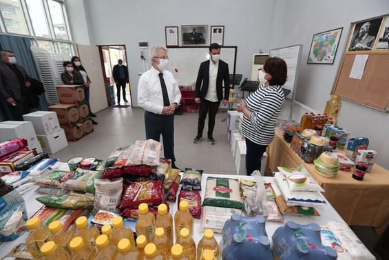 """Nilüfer'de ihtiyaç sahipleri için """"Dayanışma Marketi"""""""