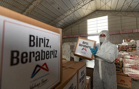 Mersin Büyükşehir, 95 bin gıda kolisi daha dağıtacak