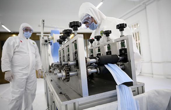 Dikimevi Müdürlüklerinden haftada 1 milyon maske, 5 bin tulum
