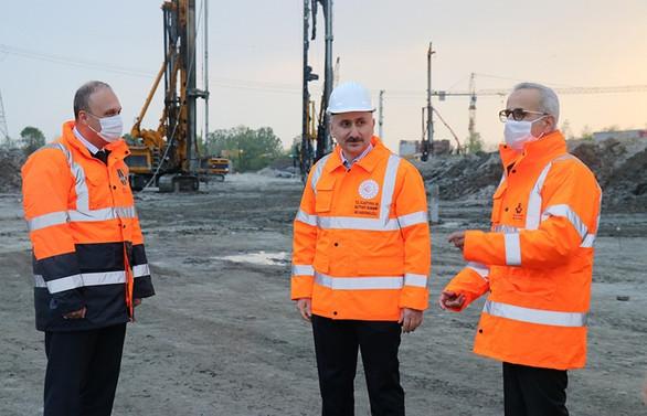 Karaismailoğlu: Bu yılın sonunda Kuzey Marmara Otoyolu'nu tamamlayacağız