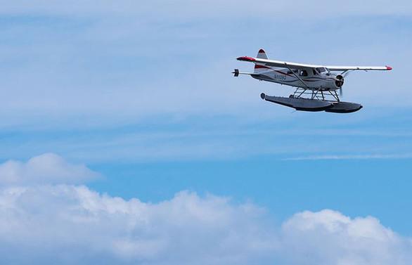 ABD'de iki deniz uçağı havada çarpıştı