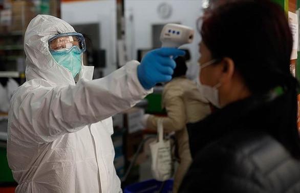 Çin'de artan COVID-19 vakaları nedeniyle 6 yetkili görevden alındı