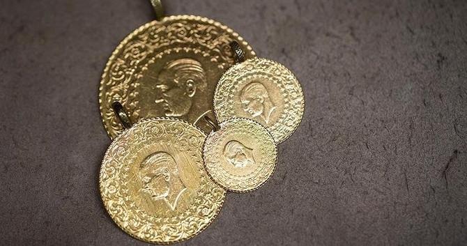 Gram altın 244 lira seviyelerinde