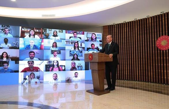 Cumhurbaşkanı Erdoğan: Eğlence mekanları bir süre daha kapalı kalacak