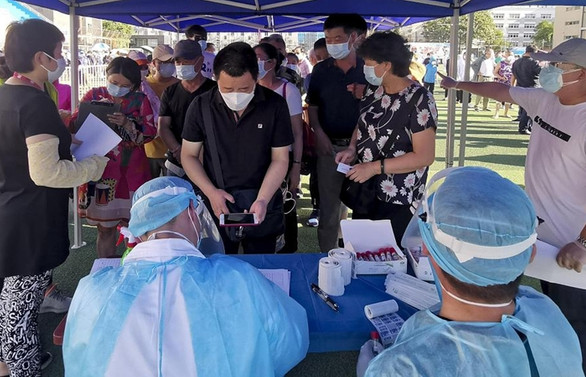 DSÖ: Pekin'den 100'den fazla COVID-19 vakası bildirildi