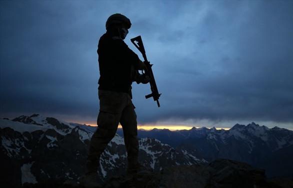 MSB: Hakkari'de bir asker İran'dan açılan taciz ateşi sonucu şehit oldu