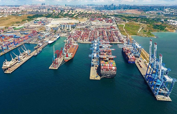 Bakan Karaismailoğlu: Denizcilikte hedef transit liman ülkesi olmak