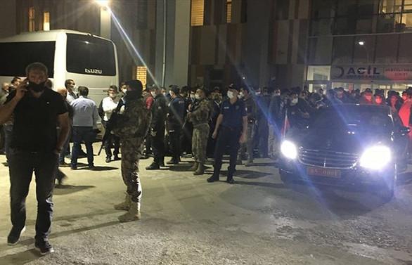 Van'da servis aracına saldırı: 2 işçi şehit, 8 işçi yaralı