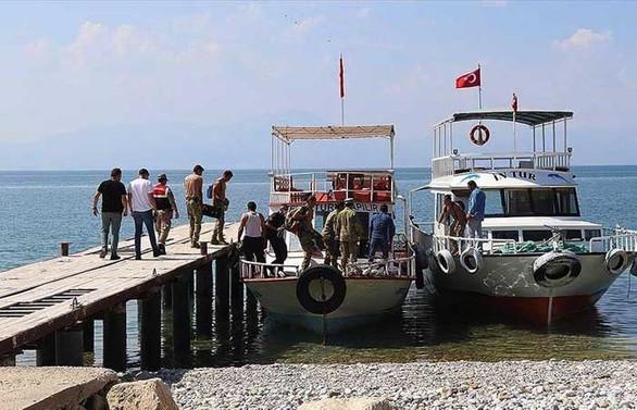 Van Gölü'nde teknenin batması sonucu kaybolan 7 kişinin daha cesedi bulundu