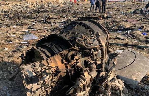 İran'dan Ukrayna yolcu uçağının düşürülmesiyle ilgili insan hatası açıklaması