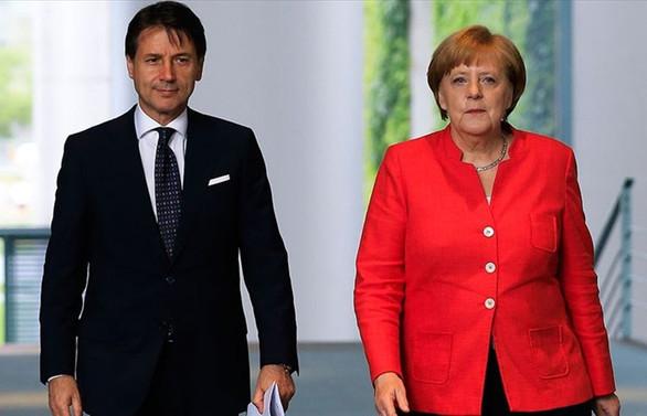 Merkel'den AB'ye kurtarma paketinde uzlaşı çağrısı