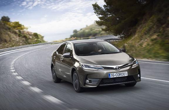 Toyota'dan kontrolsüz hızlanma kazalarını önlemeye yönelik yeni sistem
