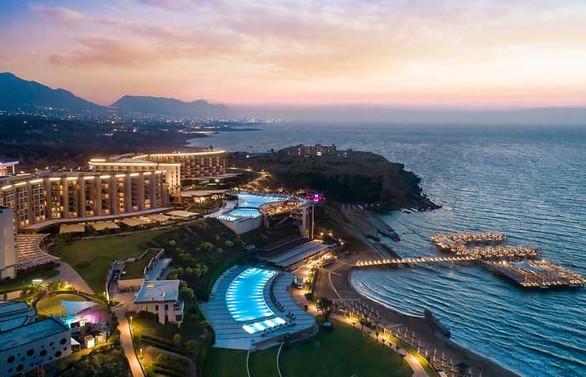 Kıbrıs Elexus Hotel yeni düzeniyle kapılarını açtı
