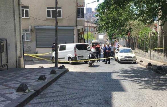 Bağcılar'da narkotim ekibine silahlı saldırı: Bir polis şehit