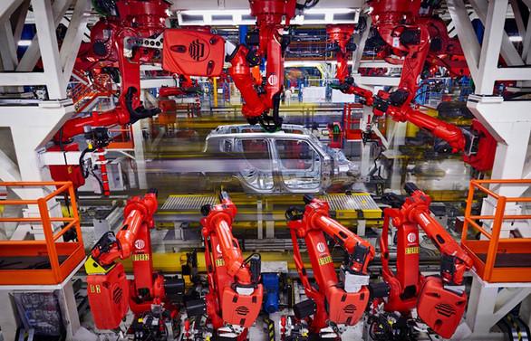 Çin'in otomobil üretimi ilk yarıda düştü
