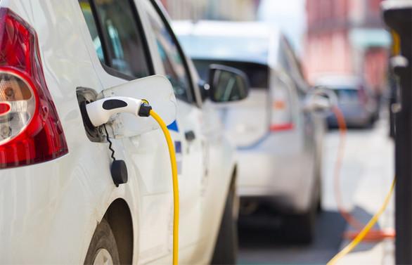 Deloitte 2030'da yollarda 31,1 milyon elektrikli araç bekliyor