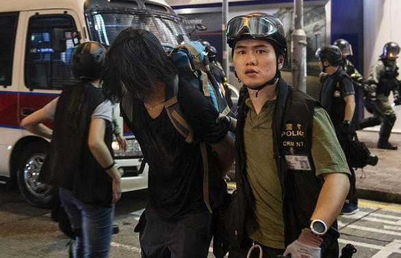 Çin, 3 ülkenin Hong Kong'la olan suçluların iadesi anlaşmasını askıya aldı