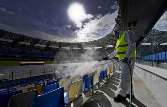 Koronada en büyük risk, stadyum ve barlarda