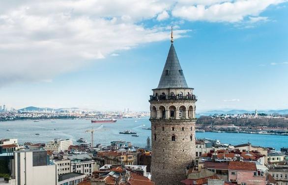 Bakan Ersoy'dan 'Galata Kulesi' açıklaması: Firmaya gerekli yaptırım uygulanacaktır