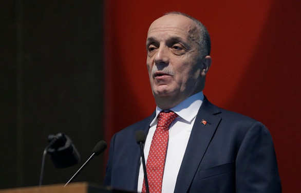 Türk-İş, L20 Bildirisi'ni, Aile, Çalışma ve Sosyal Hizmetler Bakanlığına sundu