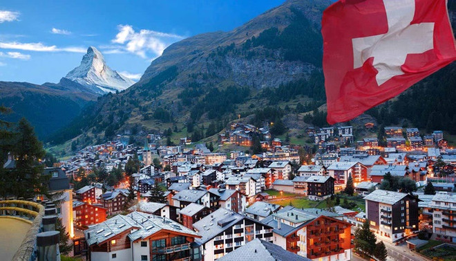 İsviçre ekonomisi ikinci çeyrekte rekor daraldı