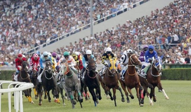 At yarışlarında 94. derbi heyecanı
