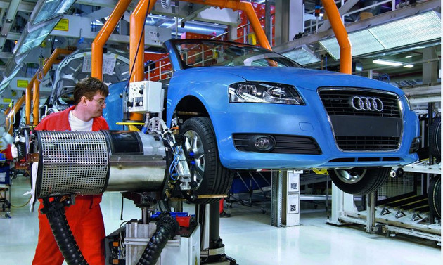 Audi'nin 4 üst düzey yöneticisi dizel skandalı ile suçlandı