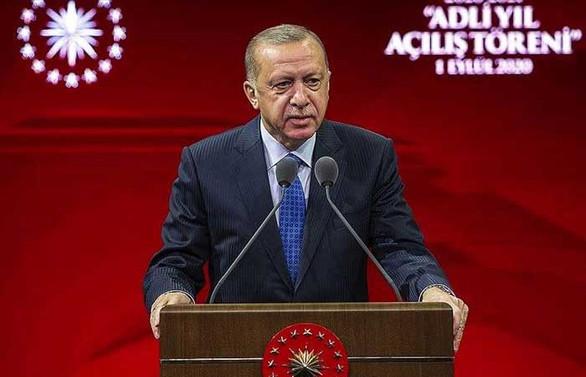 Erdoğan: Doğu Akdeniz'deki, Ege'deki faaliyetlerimizin özünde  hak ve adalet arayışı var'