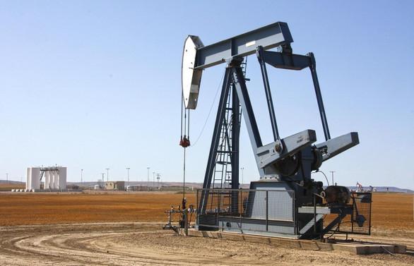 ABD stoklarındaki artışla petrol fiyatları yüzde 1'in üzerinde düştü