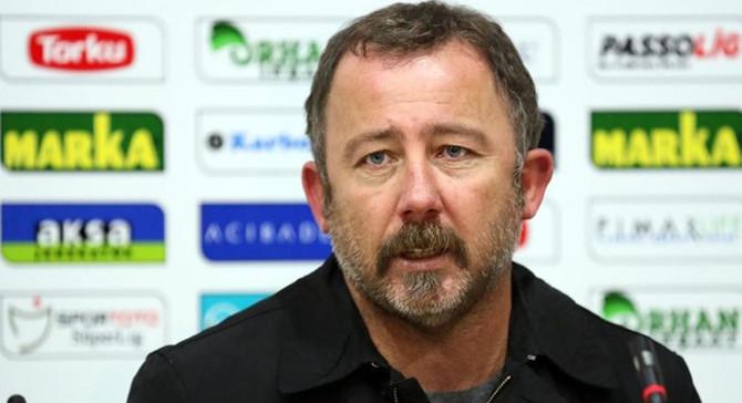 Beşiktaş Teknik Direktörü Sergen Yalçın'ın COVID-19 testi pozitif çıktı