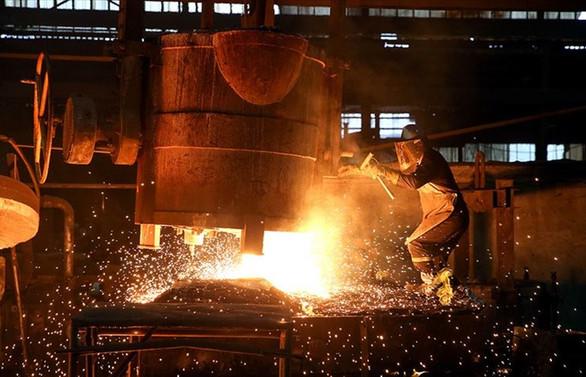 Euro Bölgesi'nde sanayi üretimi yüzde 4,1 arttı