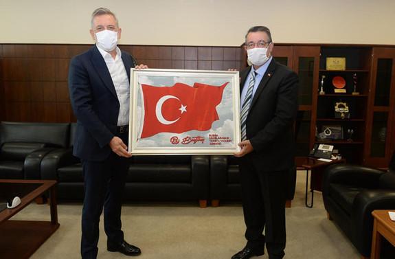 Bursa'yı Türkiye'nin ticaret merkezi haline getirmeyi hedefliyor