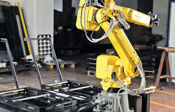 Tezmaksan robotta büyüyor