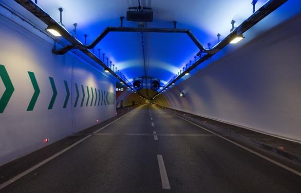 Avrasya Tüneli'ne trafik sıkışıklığına karşı 'Hız Düzenleyici Hareketli Aydınlatma Teknolojisi'