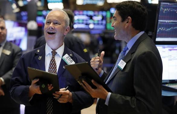 S&P 500 ve Nasdaq rekor tazeledi