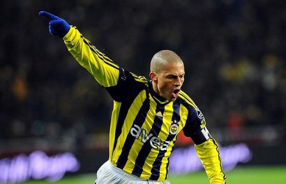 Alex'in kafasında Fenerbahçe var