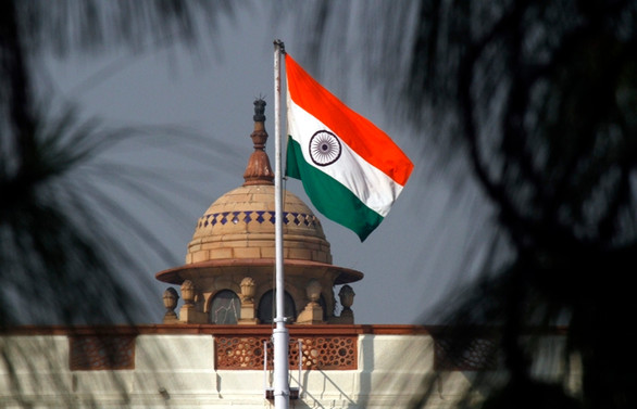 Hindistan çareyi özelleştirmede arıyor