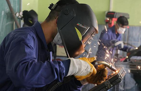 Almanya'nın fabrika siparişleri temmuzda arttı