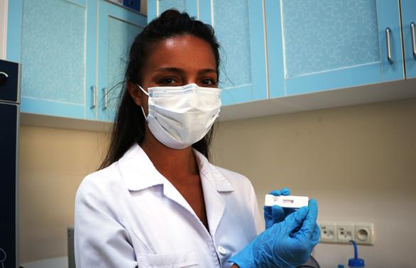 ÇOMÜ'de 8 dakikada koronavirüs tanısı koyan kit geliştirildi | Yurttan  Haberler haberleri