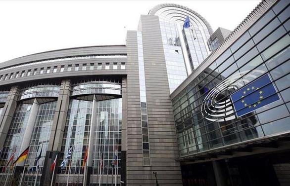 Avrupalı maliye bakanlarından kalıcı mali destek sözü bekleniyor