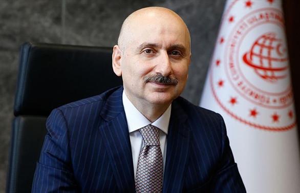 Bakan Karaismailoğlu: Türk sivil havacılık sektörü salgını en az etki ile atlatıyor