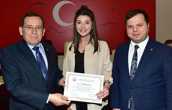 Dış Ticaret İstihbarat Uzmanı eğitimini tamamlayanlar sertifikalarını aldı