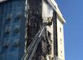 Ataşehir'de 10 katlı binada yangın
