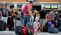 Rus turistler Antalya'da ekonomik otel peşinde