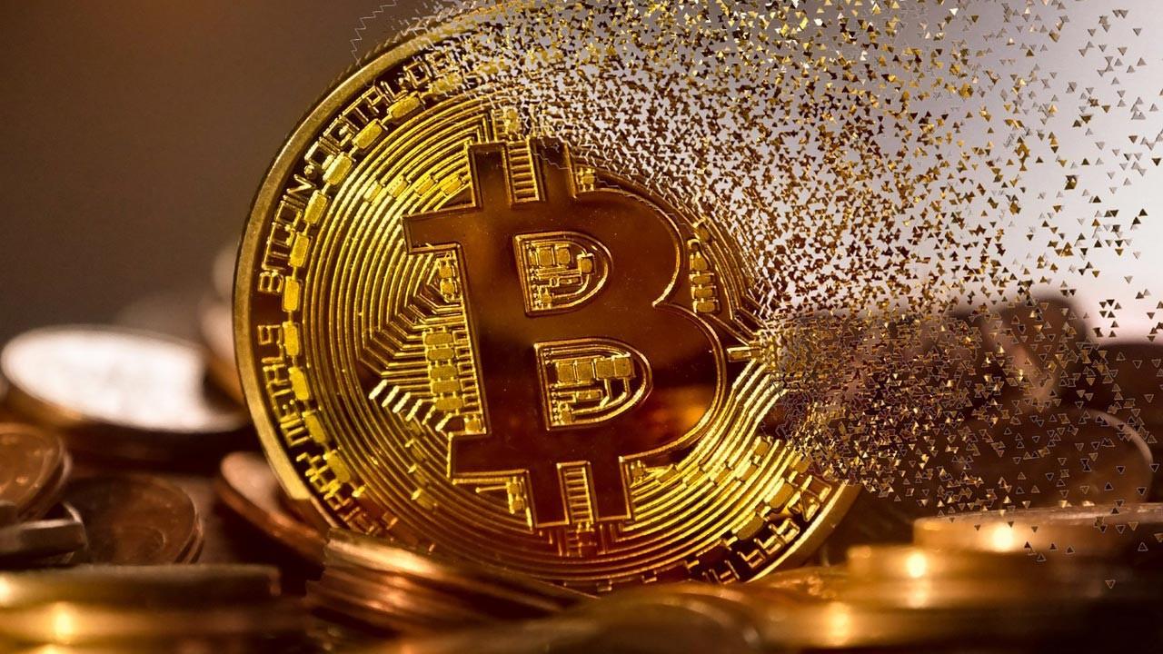Bitcoin'e bir Çin darbesi daha