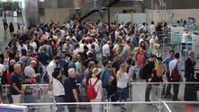 Atatürk Havalimanı üç günde 242 bin yolcuyu ağırladı